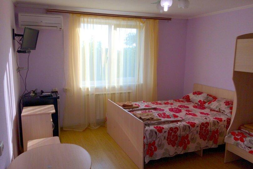 4-х местная комната улучшенная с двухспальной кроватью и односпальной двухъярусной кроватью, СТ Море, 15, мыс Фиолент, Севастополь - Фотография 1