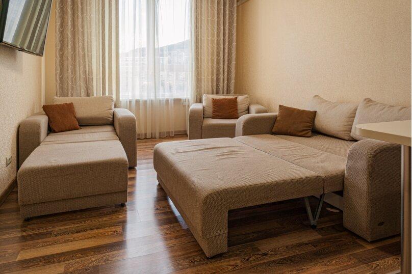 Апартаменты-студио в «ЖК Алмаз», улица Блюхера, 19 на 10 номеров - Фотография 71