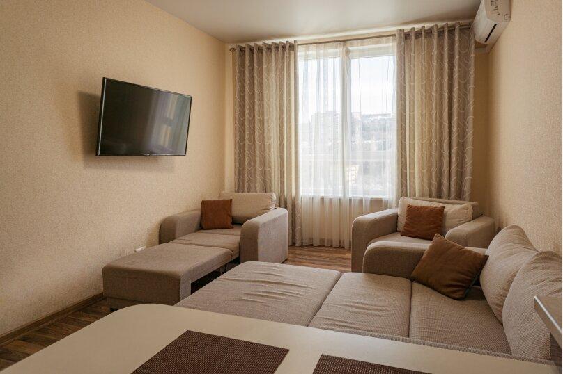 Апартаменты-студио в «ЖК Алмаз», улица Блюхера, 19 на 10 номеров - Фотография 72