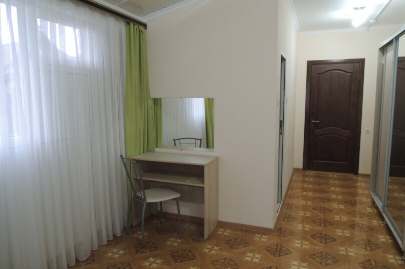Гостевой дом СИРИУС, улица Просвещения, 105А на 14 комнат - Фотография 35