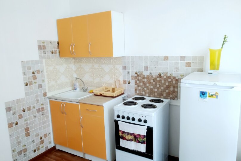 1-комн. квартира, 38 кв.м. на 4 человека, улица Валерия Гассия, 14, Краснодар - Фотография 4