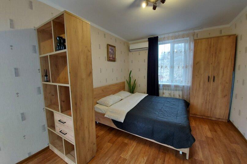 1-комн. квартира на 2 человека, улица Чехова, 31, Феодосия - Фотография 10