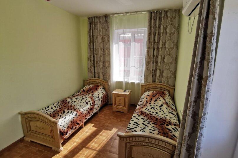 2-х комнатный, улица Воина Шембелиди, 28, Анапа - Фотография 3