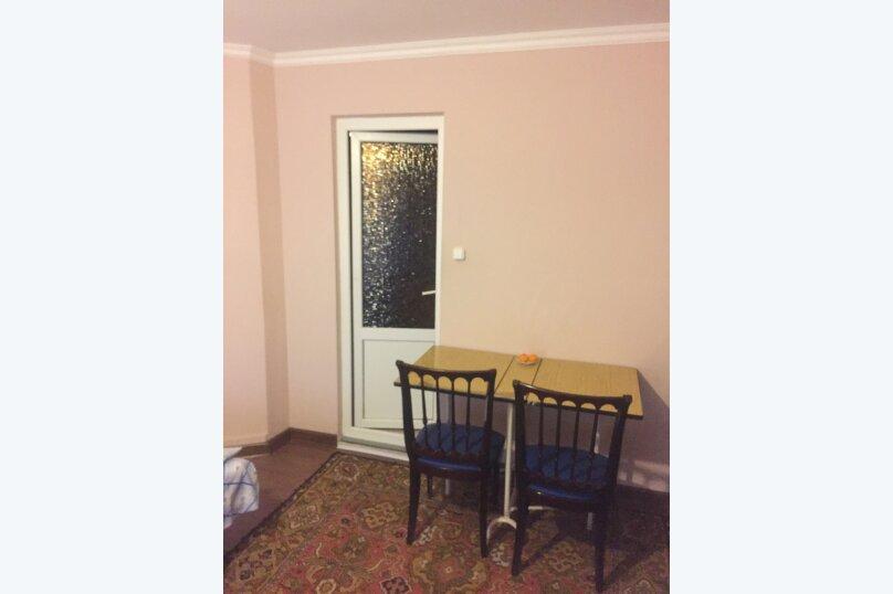 Гостевой дом «У Мизана», улица Чочуа, 38-А на 2 комнаты - Фотография 4