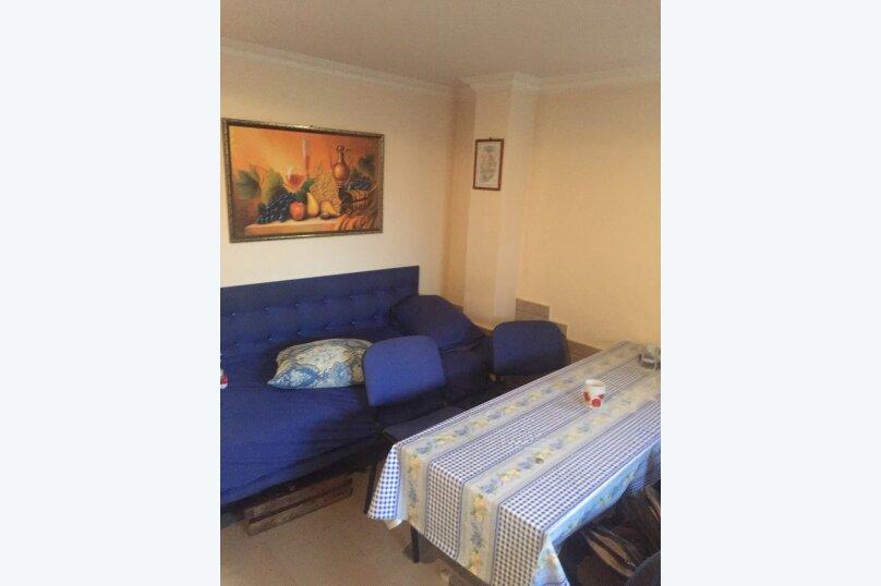 Гостевой дом «У Мизана», улица Чочуа, 38-А на 2 комнаты - Фотография 12