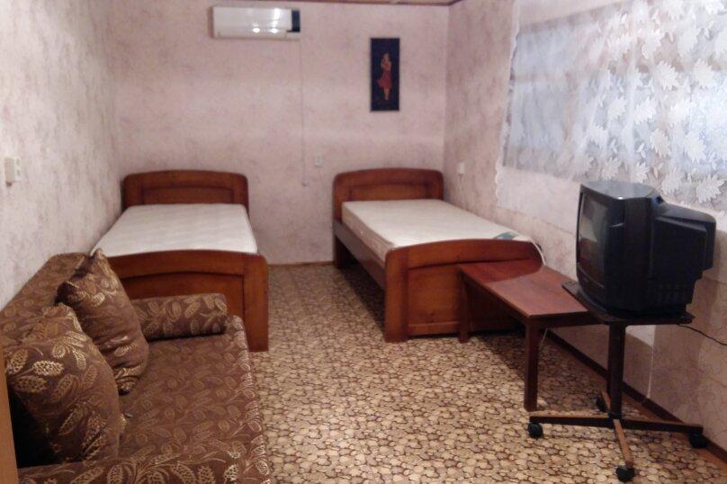 Отдельная комната, Залесная, 13, Новофёдоровка, Саки - Фотография 1