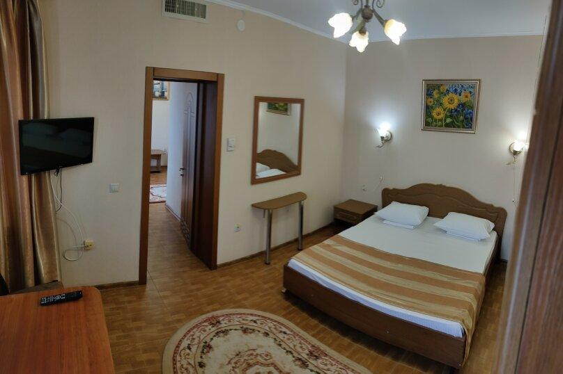 """Отель """"Кипарис"""", Советская улица, 52 на 22 комнаты - Фотография 52"""