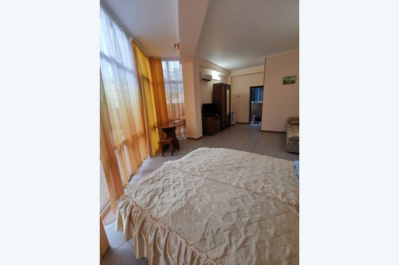 Гостиница 1161575, улица Циолковского, 28 на 4 комнаты - Фотография 13