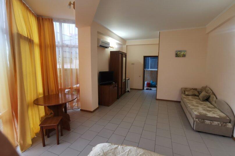 Гостиница 1161575, улица Циолковского, 28 на 4 комнаты - Фотография 14
