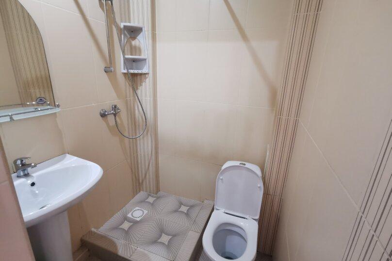 Гостиница 1161575, улица Циолковского, 28 на 4 комнаты - Фотография 16