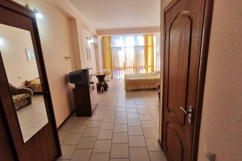 Стандарт 2, улица Циолковского, 28, Лазаревское - Фотография 1