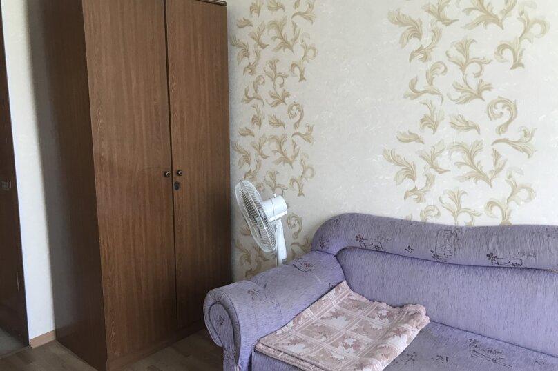 Большая комната, Изумрудная улица, 13, Лазаревское - Фотография 1