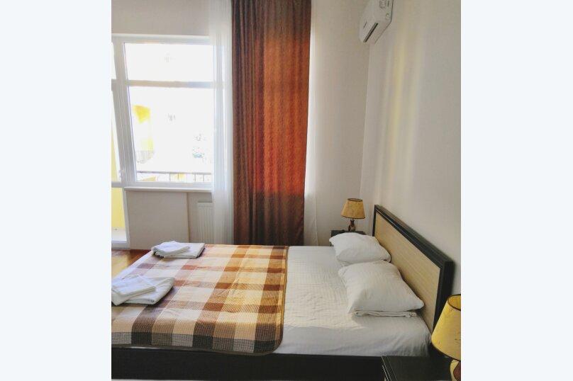 Отдельная комната, улица Багликова, 21, Алушта - Фотография 1