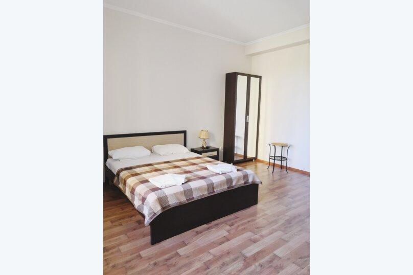 Отдельная комната, улица Багликова, 21, Алушта - Фотография 6