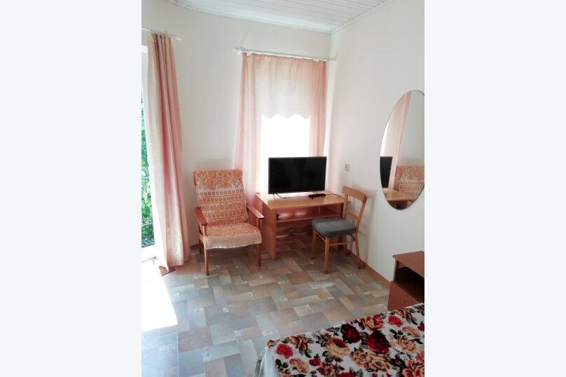 Гостевой домик во дворе, 65 кв.м. на 6 человек, 3 спальни, улица Горького, 62, Геленджик - Фотография 12