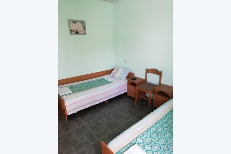 Гостевой домик во дворе, 65 кв.м. на 6 человек, 3 спальни, улица Горького, 62, Геленджик - Фотография 15
