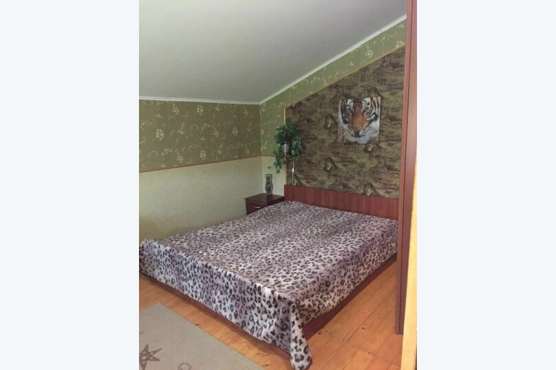 Комната на 4 человека (кровать, диван), Фонтанная, 15, село Мысовое - Фотография 20