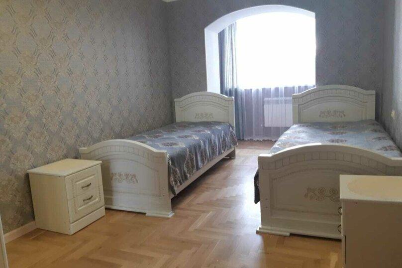 5-комн. квартира на 10 человек, Украинская улица, 22, Кисловодск - Фотография 2