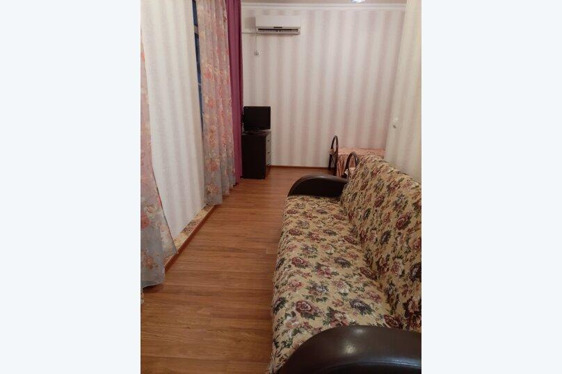 3-х местный номер, 2-й этаж, Изумрудная улица, 6, Лазаревское - Фотография 1