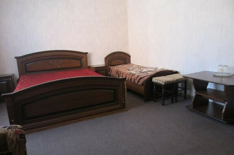 Гостиница 1162932, Молодёжная улица, 34 на 24 комнаты - Фотография 38