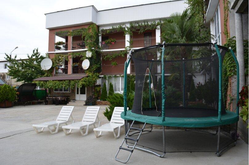 Гостиница 1162932, Молодёжная улица, 34 на 24 комнаты - Фотография 20