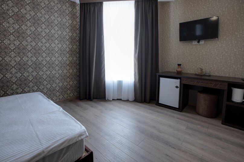 Отель «Enfes», улица Саковича, 16 на 14 номеров - Фотография 44