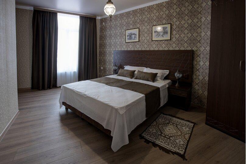 Отель «Enfes», улица Саковича, 16 на 14 номеров - Фотография 35