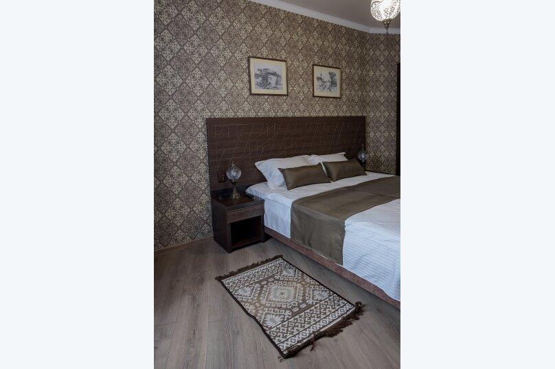 Отель «Enfes», улица Саковича, 16 на 14 номеров - Фотография 13