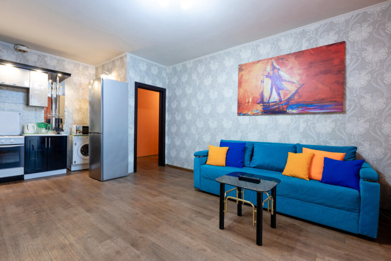 3-комн. квартира, 90 кв.м. на 8 человек, улица Авиаторов, 68, Красноярск - Фотография 7