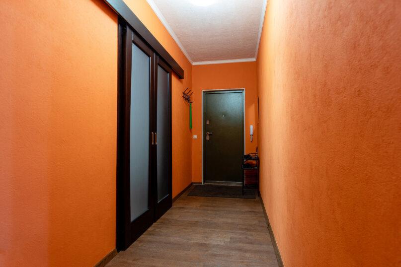 3-комн. квартира, 90 кв.м. на 8 человек, улица Авиаторов, 68, Красноярск - Фотография 22