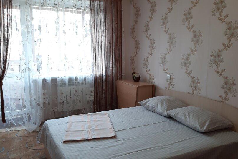 2-комн. квартира, 47 кв.м. на 4 человека, улица Чапаева, 8, Волгоград - Фотография 11