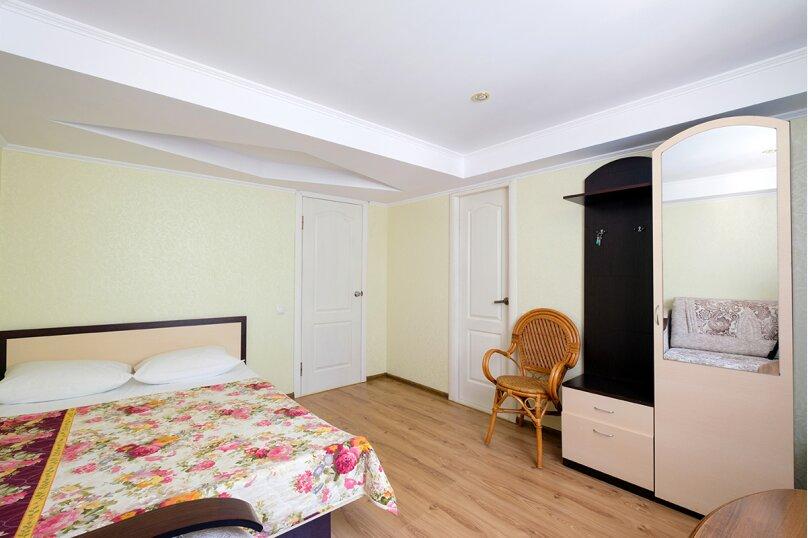 """Комната """"Бирюза"""", улица 8 Марта, 22, Феодосия - Фотография 4"""