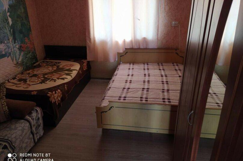 """Гостиница """"На Северной 18"""", с. Золотое, Северная улица на 4 комнаты - Фотография 74"""