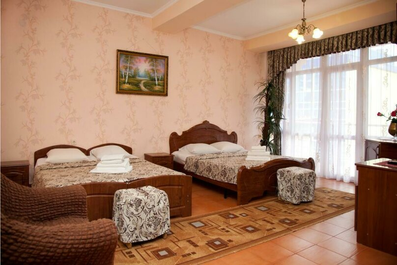 Семейный номер, улица Ульянова, 9, Адлер - Фотография 1