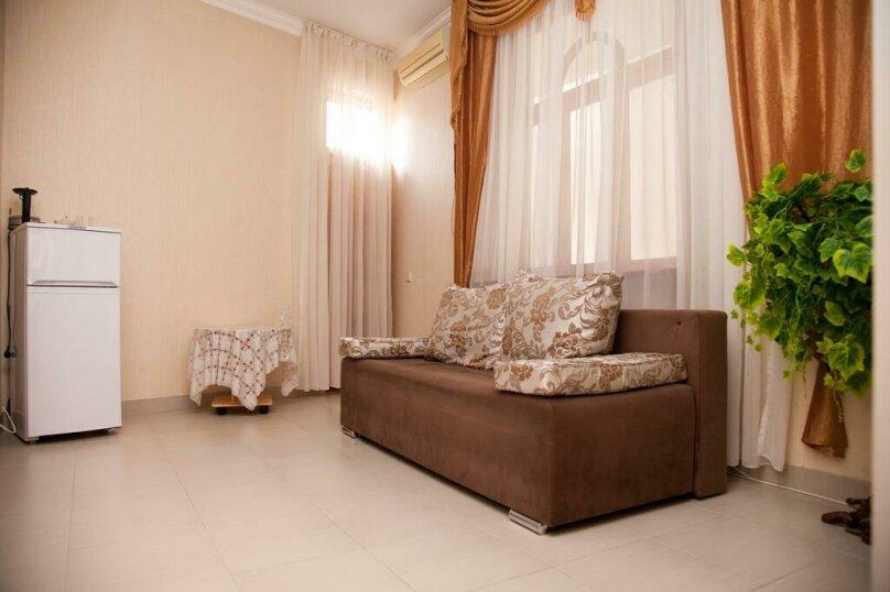 Двухкомнатный люкс, улица Ульянова, 9, Адлер - Фотография 1