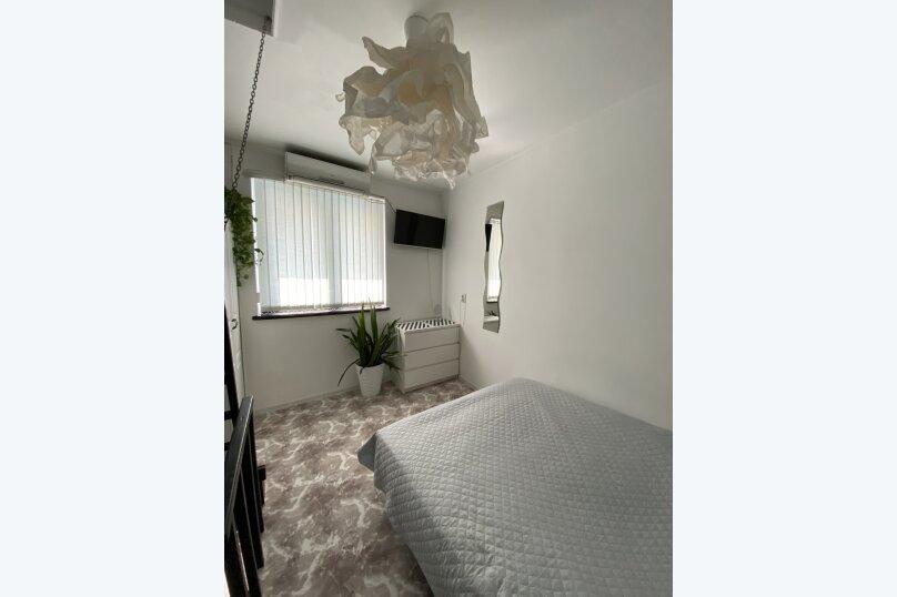 1-комн. квартира, 22 кв.м. на 2 человека, улица Свердлова, 6, Ялта - Фотография 2
