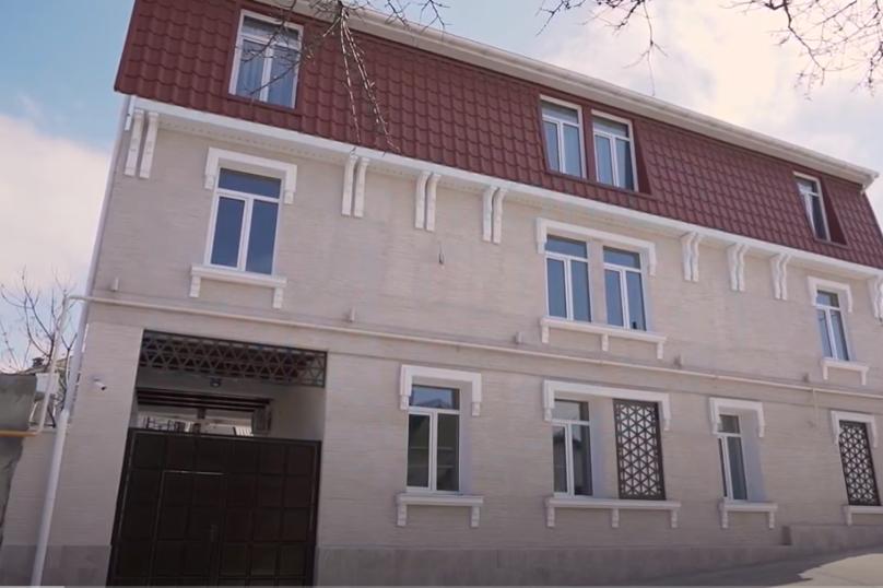 Отель «Enfes», улица Саковича, 16 на 14 номеров - Фотография 30