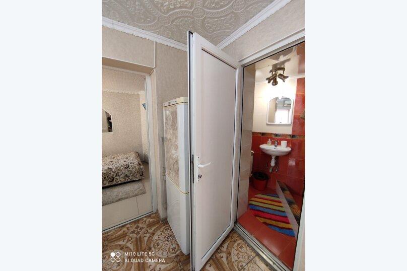 2-комн. квартира, 35 кв.м. на 4 человека, Среднеслободская улица, 11, Ялта - Фотография 13