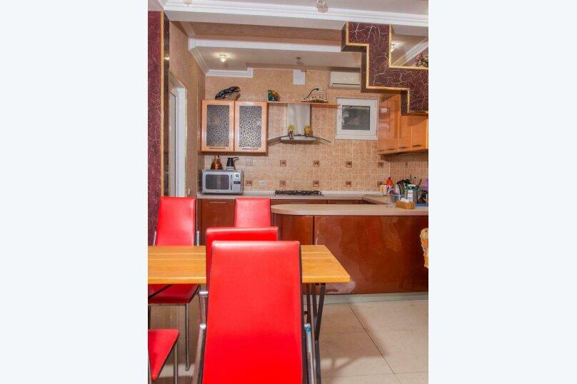 Гостевой дом Лакшми, Урожайная улица, 46 на 12 комнат - Фотография 4