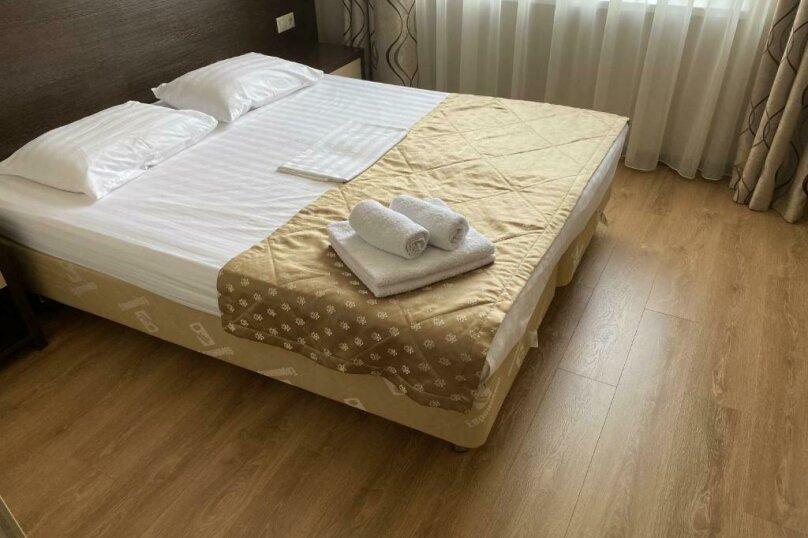 """Отель """"LaManche"""", Новороссийская улица, 77 на 25 комнат - Фотография 17"""