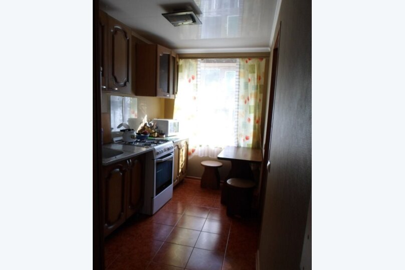 Дом, 60 кв.м. на 3 человека, 2 спальни, улица Янышева, 11, Ейск - Фотография 6