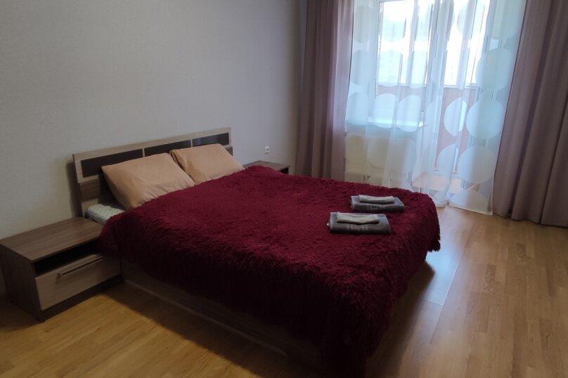 2-комн. квартира, 80 кв.м. на 6 человек, Чистопольская улица, 68, Казань - Фотография 13