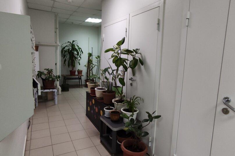 1-комн. квартира, 60 кв.м. на 4 человека, улица Сибгата Хакима, 60, Казань - Фотография 20