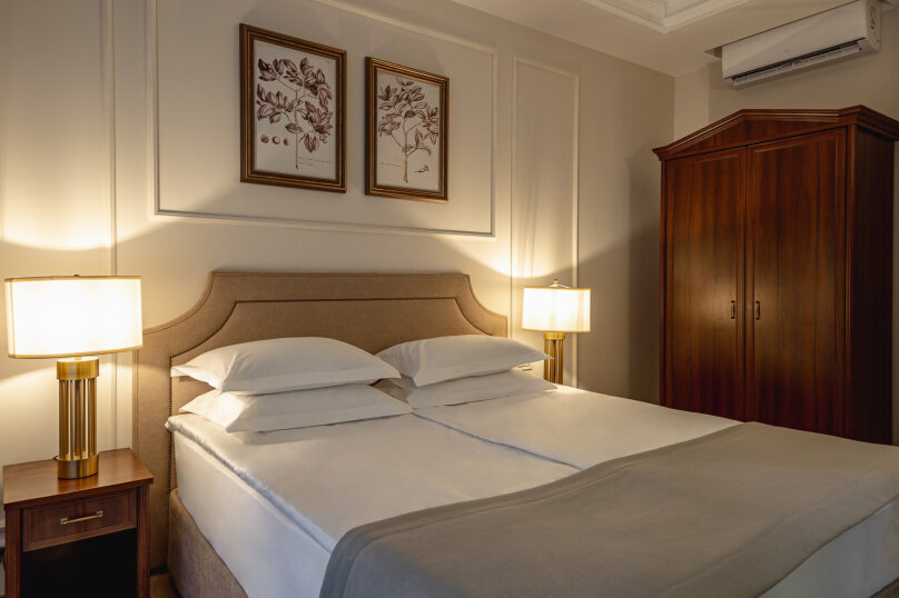 1-комнатный 2-местный номер категории «Стандарт Улучшенный» с видом на море, Алупкинское шоссе, 12А, Ялта - Фотография 1