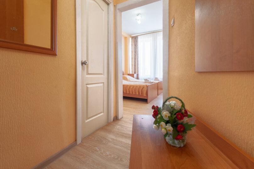 Стандарт 2-комнатный с одной кроватью , проспект Сиверса, 1, Ростов-на-Дону - Фотография 1
