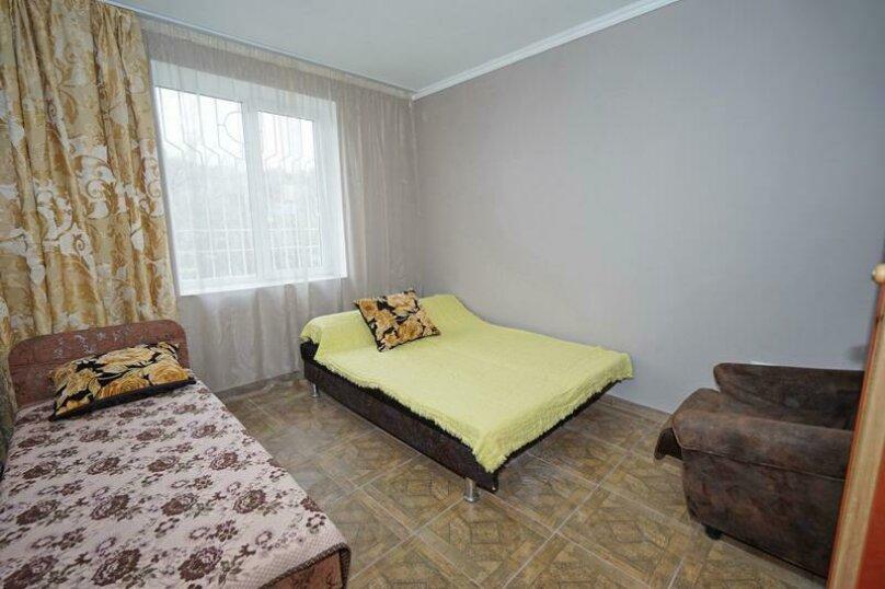 Дом 23, 67 кв.м. на 9 человек, 3 спальни, Кемпинг Импульс, 23, Ольгинка - Фотография 5