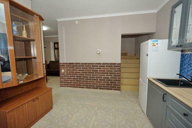 Дом 23, 67 кв.м. на 9 человек, 3 спальни, Кемпинг Импульс, 23, Ольгинка - Фотография 16