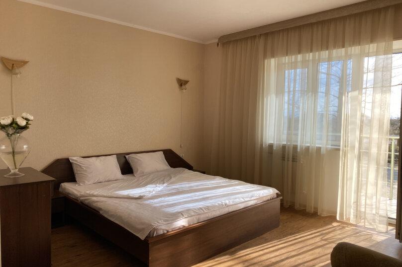 1 комнатный (трехместный) люкс, Степная улица, 9, Щелкино - Фотография 6