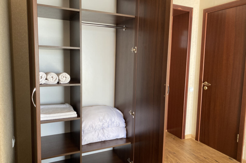 1 комнатный (трехместный) люкс, Степная улица, 9, Щелкино - Фотография 7