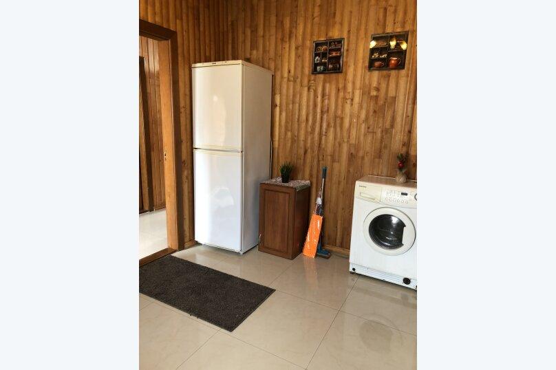 """Уютный дом, 130 кв.м. на 18 человек, 5 спален, СНТ """"Чайка"""" Абрикосовая, 45, Севастополь - Фотография 12"""